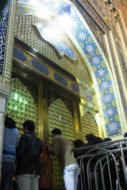 پنجره فولاد رضا (ع)/برات کربلا میده/هرکسی کربلا میره/از حرم رضا (ع) میره......دعاگوی همه ی عزیزان بودم