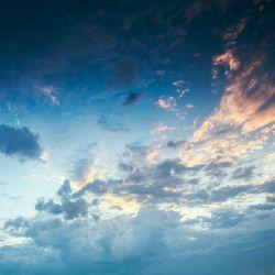 به هر چیزی که بخوای میرسی ..خودت رو قبول داشته باش ...تلاش کن..و خدا رو فراموش نکن