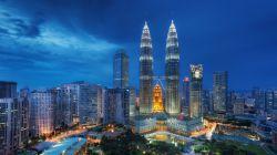 Petronas Towers of Maleziya