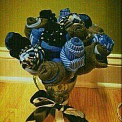 دسته گلی از جوراب ... هدیه ای ارزان و رمانتیک برای روز مرد   ^_^