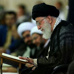 تلاوت قرآن رهبری