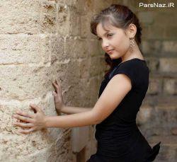 کلودیای 12 ساله زیباترین دختر جهان نام گرفته است و نامش در کتاب رکوردهای گینس به ثبت رسیده است. به گزارش پارس ناز خانم کلودیا آلیزی که در کشور فرانسه به دنیا آمده است توانست عنوان زیباترین دختر دنیا را به خود اختصاص دهد.