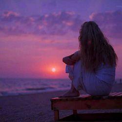 معجزه نمی کنم... ساحر هم نیستم٬اما... می توانم آرزو کنم همیشه دلت شاد باشد٬ حتی بی من!!!!! همیشه بیادت آفتاب را نقاشی خواهم کرد.