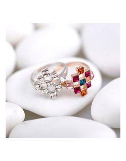 خرید انگشتر سواروسکی ، اکسینو | http://oksino.ir