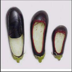 کفش بادمجونی