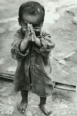 """گذشت... """" من اینقدر احساس بی نیازی می کنم که در زیر شدیدترین حملات هم از کسی تقاضای کمک نمی کنم ، حتی فریاد بر نمی آورم حتی آه نمی کشم در دنیای فقر آنقدر پیش می روم که به غنای مطلق برسم و اکنون اگر این کلمات دردآلود را از قلب مجروحم بیرون می ریزم برای آنست که دوران خطر سپری شده است و امتحان به سر آمده و کمر فقر شکسته و همت و اراده پیروز شده است."""""""