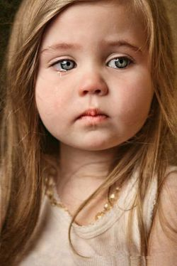 ای دل دیوانه بشنو ، این مرام زندگیست/// او که گریان کرد چشمی را، نصیبش خنده نیست!!!
