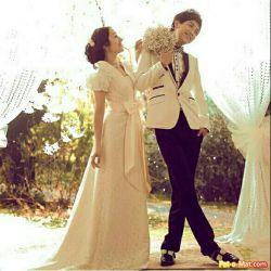 خخخخخخخ این منم اینم عشقم عروسی کردیم ..... شوخی ....الکی مثلا من عشق دارم