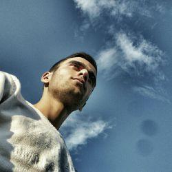 آسمان چشمت به چشمم باز نیست  راه تو بر پای من هموار نیست. photo by:Naser