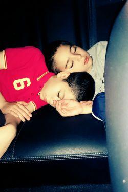 خوابی برادرانه