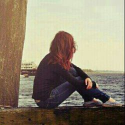 می گویند : سـاده نیستـــــــــــ ...  گذشتن از كسى كــه عاشقت کردهــ...  گذشته هایتــــ را ساختهــ و آینده اتـــ را ویران كـردهـــ ...!!!  امـا من گذشتمــــــ ...  اره گذشتمــــــــ..