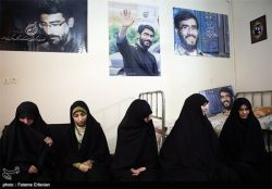 خواهران تشکل حزب الله سایبر در منزل شهید علی خلیلی