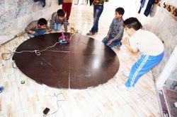 مسابقه ربات جگجو مدرسه غیردولتی نوین