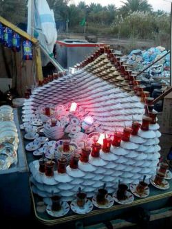 این عکس رو دیدم یاد آقا محمدحسین افتادم :)  چایی بخور