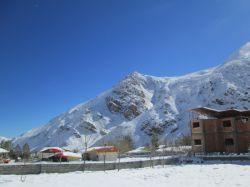 زمستان نمارستاق که این روستا در مسیر جاده هراز و در پای دامنه های البرز و کوه دماوند می باشد