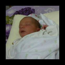 دختر خالم هلما اولین روز بدنیا اومدنش