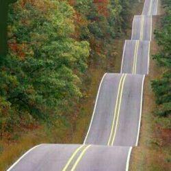 خدایی خیلی حال میده این جادهه.هر جا باشهیداش میکنم میرم.شما چی؟!