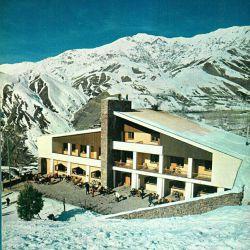 | نام بنا: هتل شمشک، 1343 | آرشیتکت زنده یاد عبدالعزیز فرمان فرماییان، (بنیانگذار نظام مهندسی نوین ایران) | وبسایت معماری معاصر ایران | www.caoi.ir ➖➖➖➖➖➖