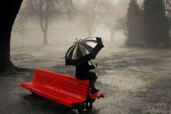 دلم می خواد برم یه جایی پشت به دنیا بشینم  زانو هامو بغل کنم بگم خدا من دیگه بازی نمیکنم