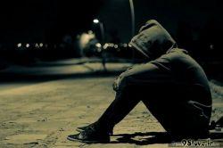 به یک معتاد نیازمندیم ، جهت کشیدن دردهایم !