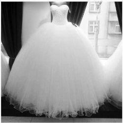 بچه هاااا یکی از خواهرای گلم میخواد عروسی کنه .ان شالله خوشبخت میشه. @azam1373