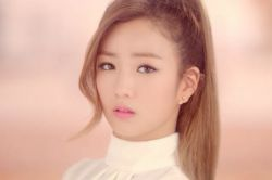 a-pink-bomi❤❤❤music video pink lUV