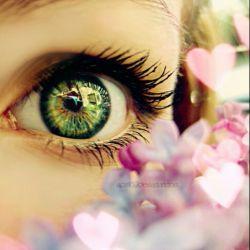 چشم های زیبا
